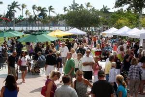 Fancy GreenMarket in West Palm Beach, Florida (Photo from Palm Beach Post)